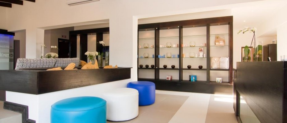 Mondazur Camelot Spa Reception - Pam Golding Hospitality Partners - Luxury hotel for sale