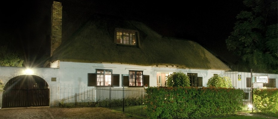 Stellenbosch Guesthouse For Sale - Pam Golding Hospitality Partners - Guesthouse In Stellenbosch Campus