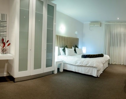 Self Catering Apartment Complex - Cape Town- Pam Golding Hospitality Partners - 大西洋海岸海景观豪华四星级自助公寓式酒店