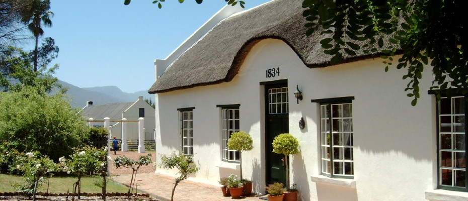 Guest House - Trendy Five Star Boutique Guest Retreat – 1 ha with possibility to add 2 more hectares