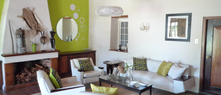 Lounge - Trendy Five Star Boutique Guest Retreat – 1 ha with possibility to add 2 more hectares