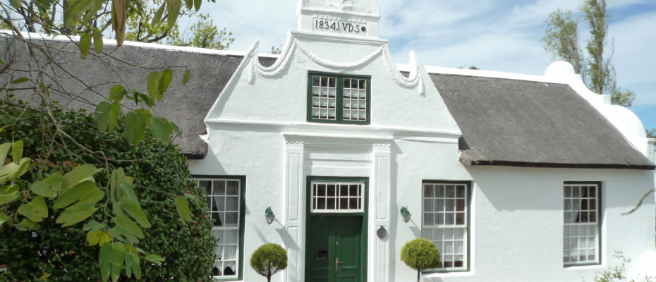 Manor House - Trendy Five Star Boutique Guest Retreat – 1 ha with possibility to add 2 more hectares