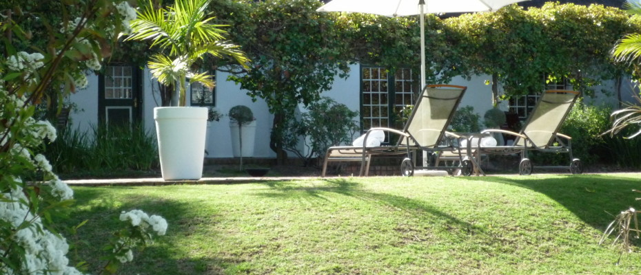 poolarea2 - Trendy Five Star Boutique Guest Retreat – 1 ha with possibility to add 2 more hectares