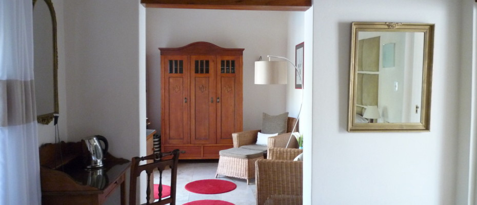 standard8 - Trendy Five Star Boutique Guest Retreat – 1 ha with possibility to add 2 more hectares