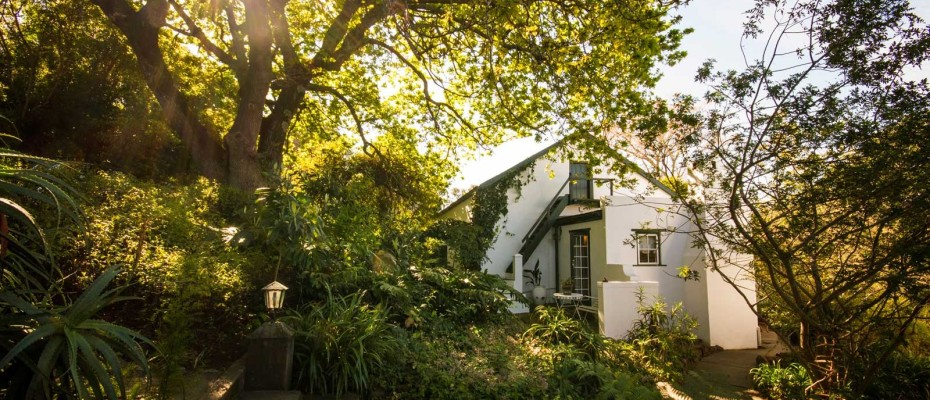 Swellendam Guest House (10) - Luxurious Four Star Country Cottages and Separate Owners House