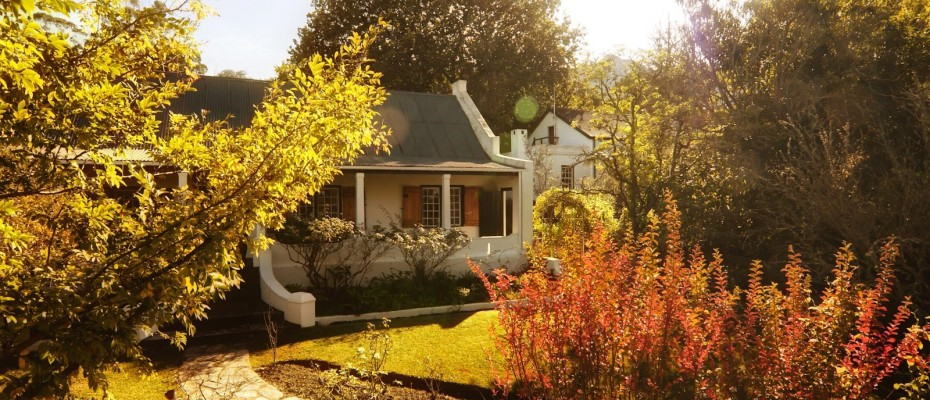Swellendam Guest House (20) - Luxurious Four Star Country Cottages and Separate Owners House