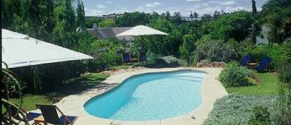 Swellendam Guest House (51) - Luxurious Four Star Country Cottages and Separate Owners House