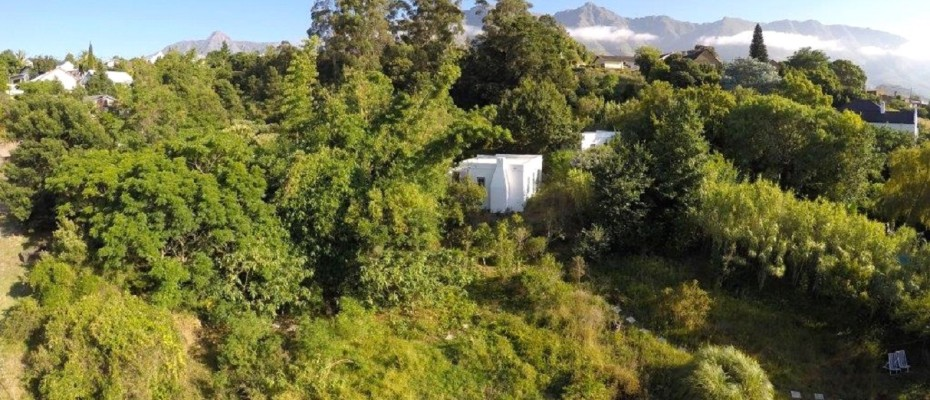 Swellendam Guest House (57) - Luxurious Four Star Country Cottages and Separate Owners House
