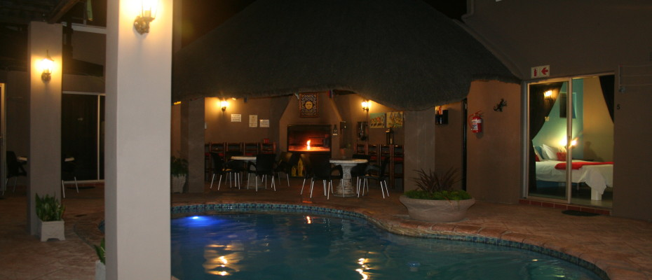 Backpackers - Milnerton (20) - Upmarket Backpackers In  Sought After Area Of Cape Town