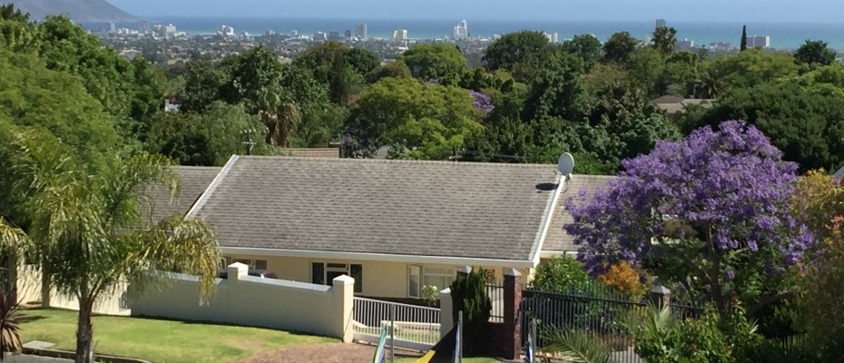 Guest House - Somerset West  (24) - Magnificent Property With Uninterrupted Ocean Views