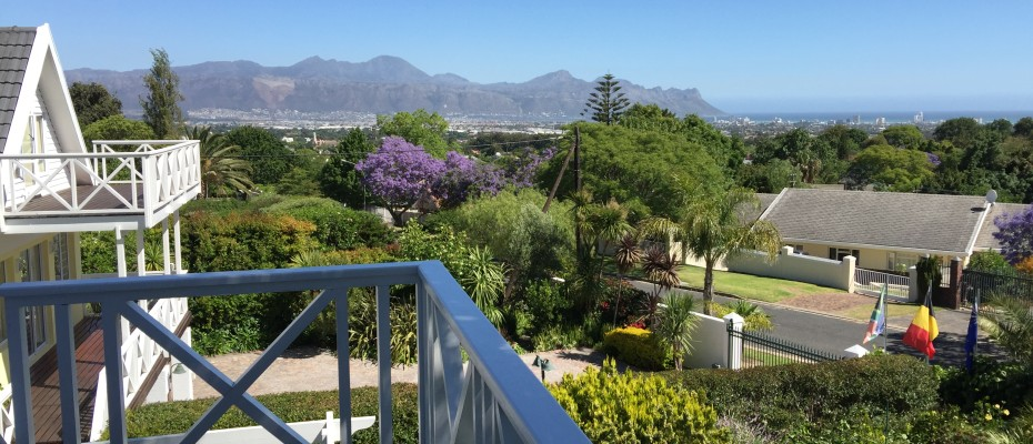 Guest House - Somerset West  (25) - Magnificent Property With Uninterrupted Ocean Views
