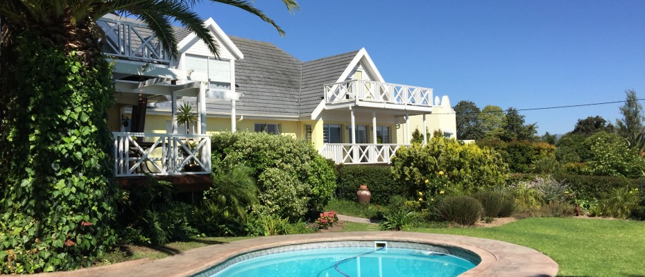 Guest House - Somerset West  (7) - Magnificent Property With Uninterrupted Ocean Views