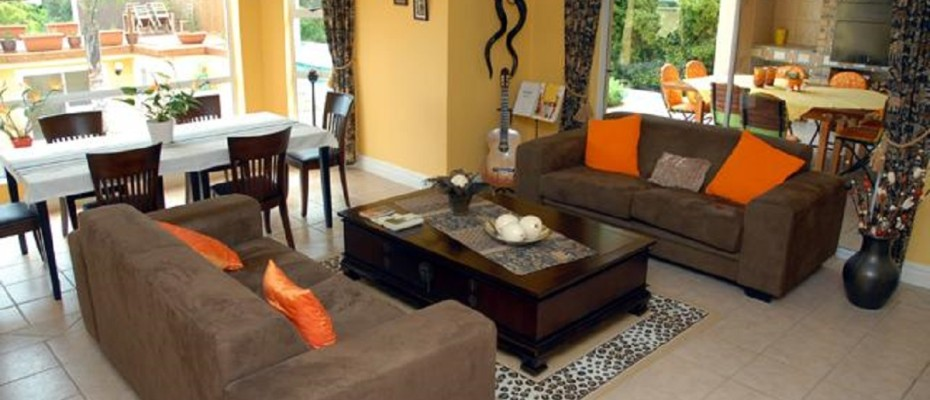 Spacious Guest House In Somerset West (2) - Spacious Guest House In The Leafy Suburb Of Somerset West