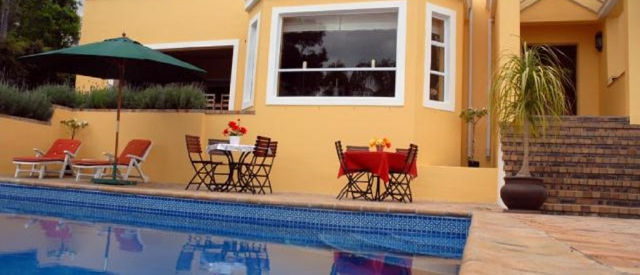 Spacious Guest House In Somerset West (7) - Spacious Guest House In The Leafy Suburb Of Somerset West