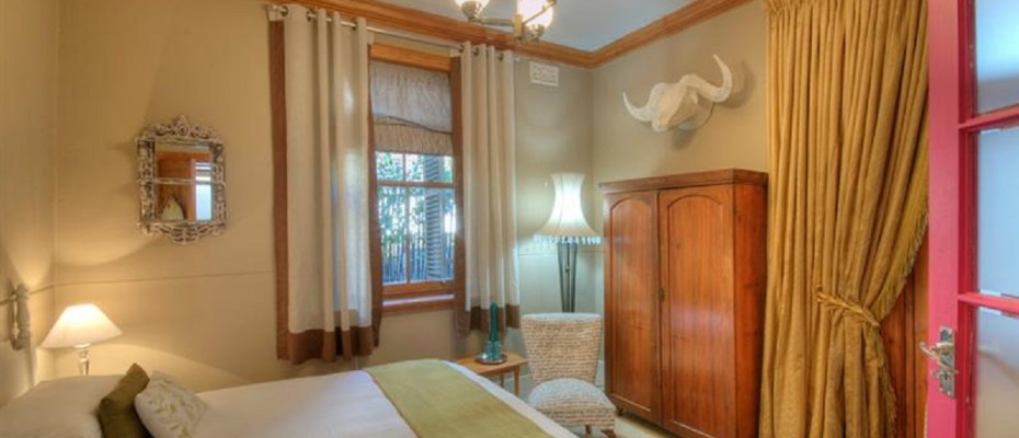 Hamra Room 1 - Luxury Guest House in sought after Tamboerskloof