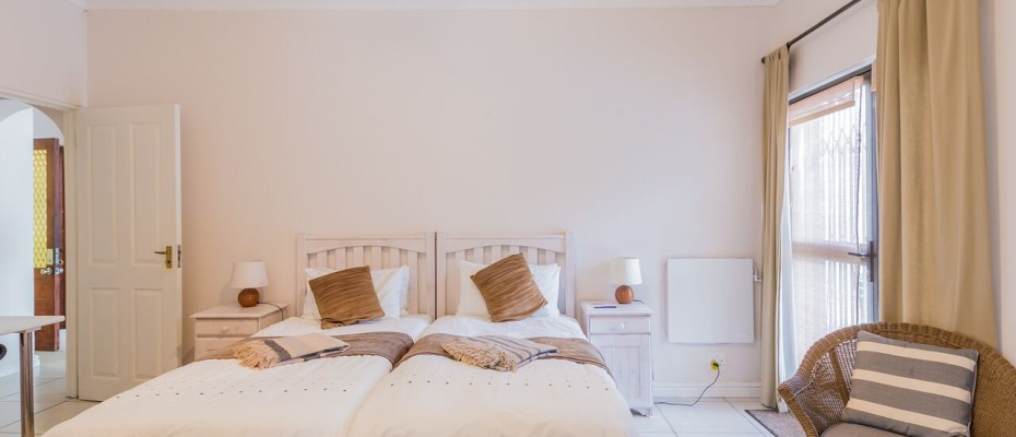 Guesthouse - Tokia - Established 5 Bedroom self-catering Guesthouse in Tokai