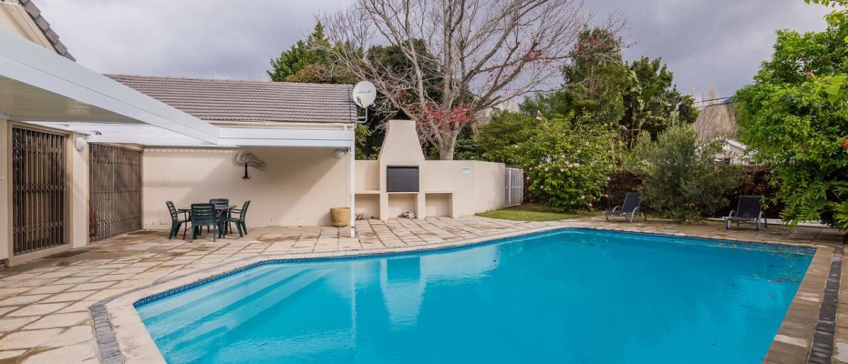 Guesthouse - Tokia12 - Established 5 Bedroom self-catering Guesthouse in Tokai