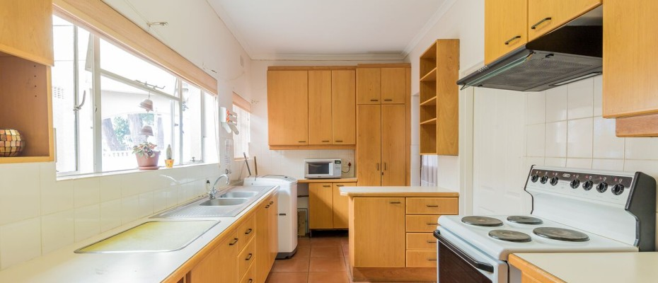 Guesthouse - Tokia8 - Established 5 Bedroom self-catering Guesthouse in Tokai