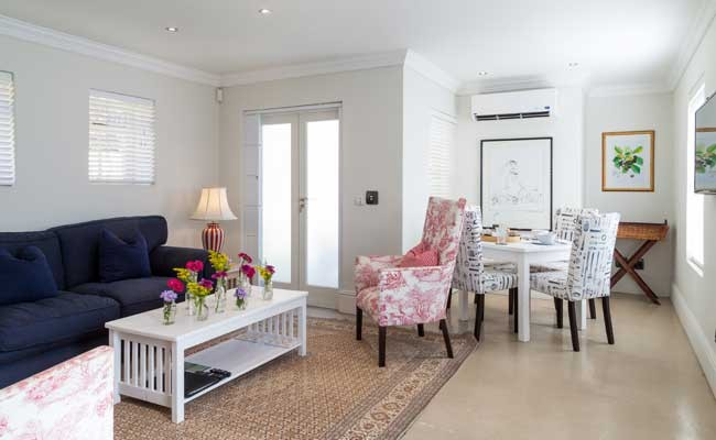 aubergedaniellainterior4 - Four Star Self Catering Country Guesthouse Situated in Franschhoek