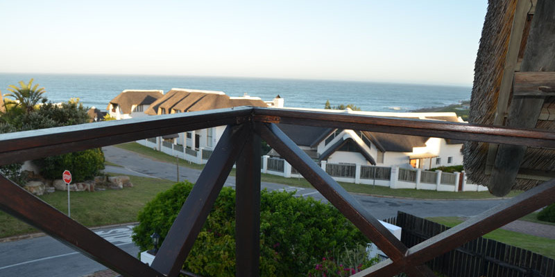 St Francis Bay 11 - Four Star Guesthouse with Breathtaking views of the Sea and Mountains, St Francis Bay