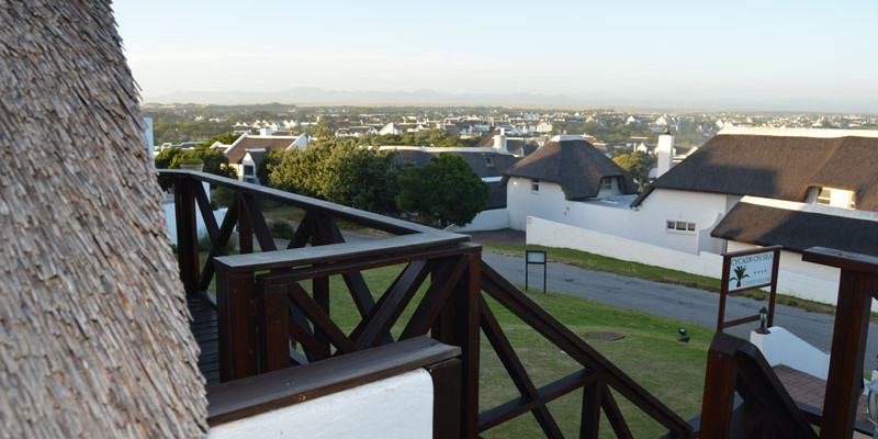 St Francis Bay 13 - Four Star Guesthouse with Breathtaking views of the Sea and Mountains, St Francis Bay