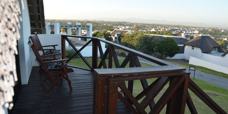 St Francis Bay 14 - Four Star Guesthouse with Breathtaking views of the Sea and Mountains, St Francis Bay