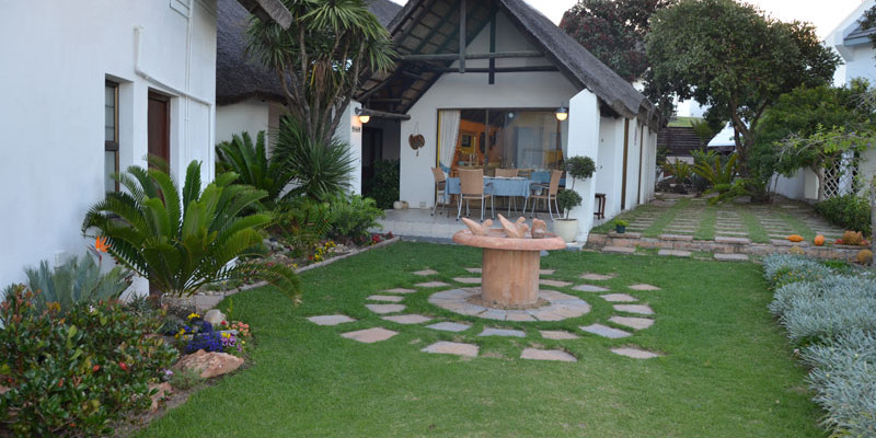 St Francis Bay 18 - Four Star Guesthouse with Breathtaking views of the Sea and Mountains, St Francis Bay