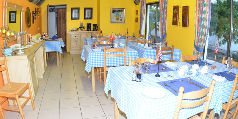 St Francis Bay 21 - Four Star Guesthouse with Breathtaking views of the Sea and Mountains, St Francis Bay