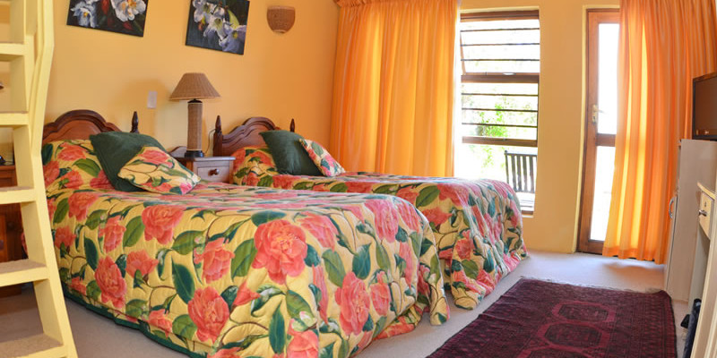 St Francis Bay 5 - Four Star Guesthouse with Breathtaking views of the Sea and Mountains, St Francis Bay