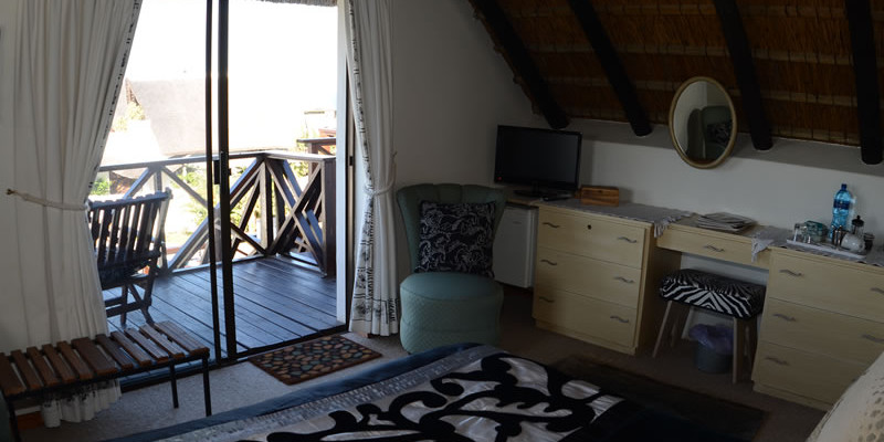 St Francis Bay 7 - Four Star Guesthouse with Breathtaking views of the Sea and Mountains, St Francis Bay