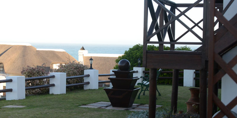 St Francis Bay 9 - Four Star Guesthouse with Breathtaking views of the Sea and Mountains, St Francis Bay