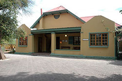 11_sml - Spectacular Lodge Overlooking the Swartberg Mountains – Oudtshoorn