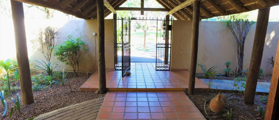 DCIM101MEDIADJI_0013.JPG - Luxurious Guesthouse Bordering the Kruger Park and overlooking the Crocodile River – Under Offer