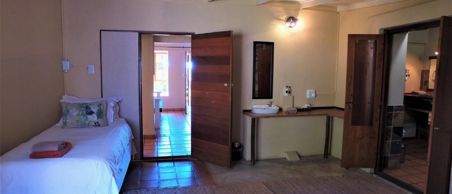 DCIM101MEDIADJI_0067.JPG - Luxurious Guesthouse Bordering the Kruger Park and overlooking the Crocodile River – Under Offer