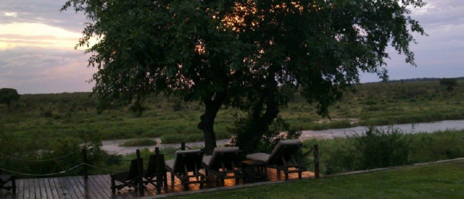 31122012150 - Luxurious Guesthouse Bordering the Kruger Park and overlooking the Crocodile River – Under Offer