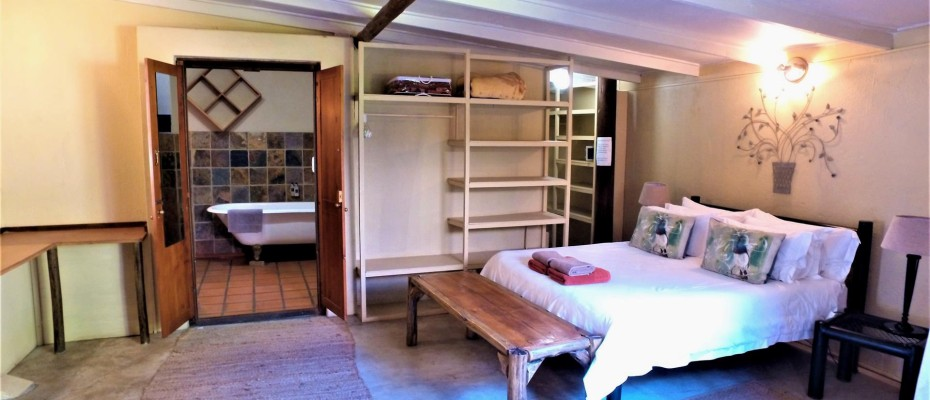 DCIM101MEDIADJI_0068.JPG - Luxurious Guesthouse Bordering the Kruger Park and overlooking the Crocodile River – Under Offer