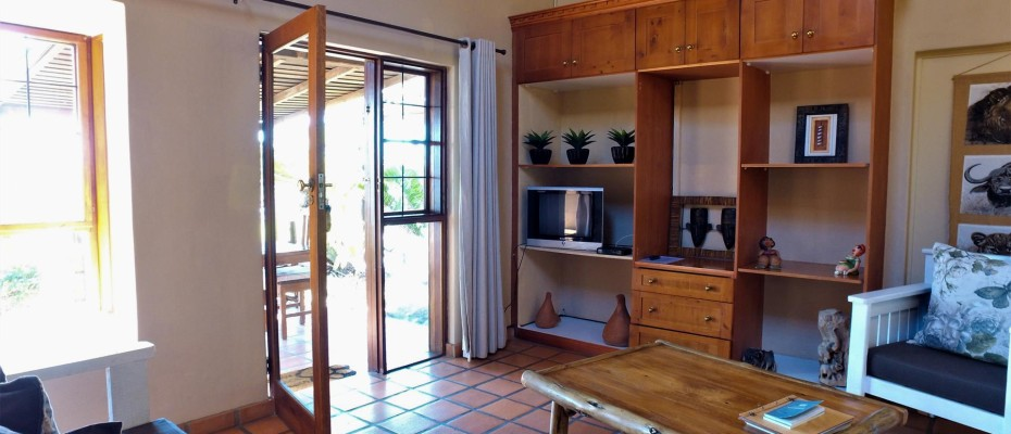 DCIM101MEDIADJI_0076.JPG - Luxurious Guesthouse Bordering the Kruger Park and overlooking the Crocodile River – Under Offer