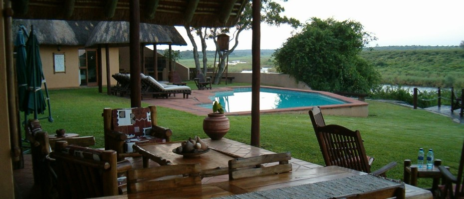 HPIM2446 - Luxurious Guesthouse Bordering the Kruger Park and overlooking the Crocodile River – Under Offer