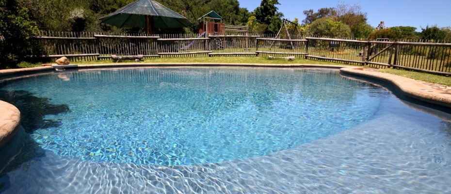 1-Pool & Playground - 6 Self-catering Cottages and Owners House – The Crags – Plettenberg Bay -Garden route