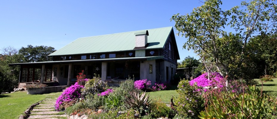 Main House - 6 Self-catering Cottages and Owners House – The Crags – Plettenberg Bay -Garden route