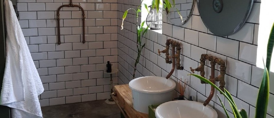 IMG-20171120-WA0032 (2) - 5 Bedroom Guesthouse – Riebeek West