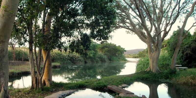 36 - Spectacular Lodge on the Komati River – Southern Kruger Park Region – Komatipoort