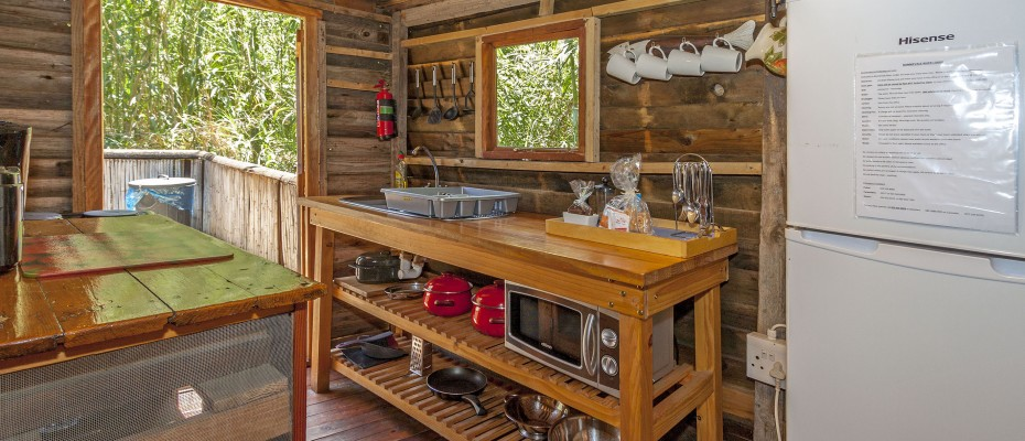 172_MG_2011 Fishermans cabin kitchen - Stylish River Lodge with Camp Site Situated in the Heart of the Robertson Wine Valley