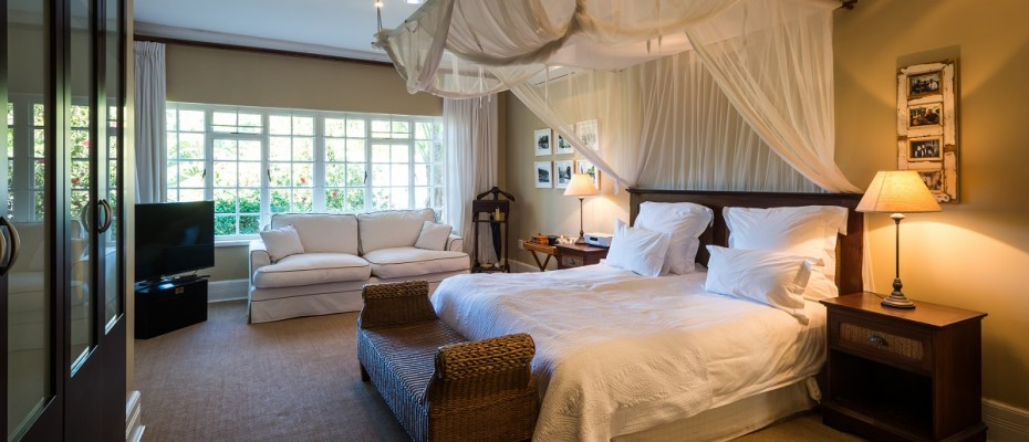 Pic 1 (13) - 5 Star Guest Villa – Southern Suburbs Cape town