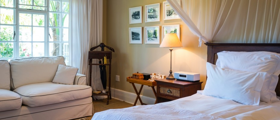 Pic 1 (14) - 5 Star Guest Villa – Southern Suburbs Cape town