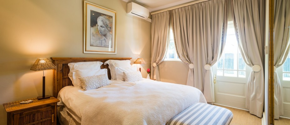 Pic 1 (16) - 5 Star Guest Villa – Southern Suburbs Cape town