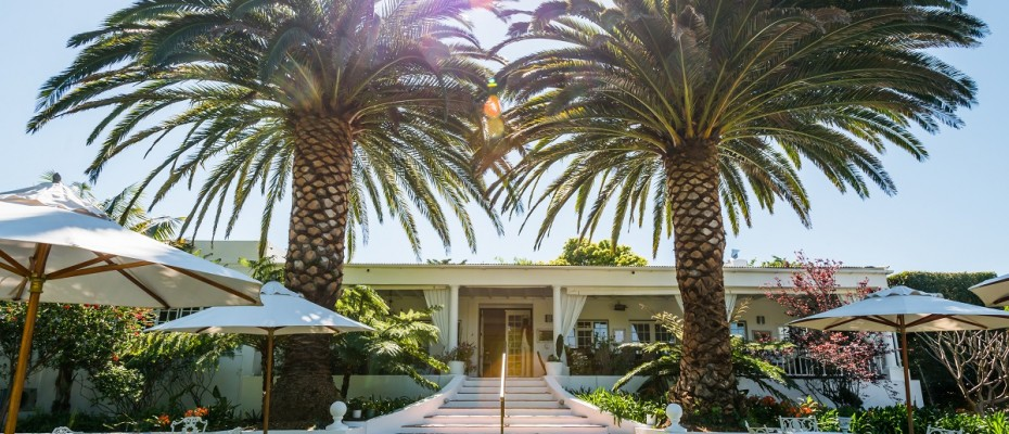 Pic 1 (17) - 5 Star Guest Villa – Southern Suburbs Cape town