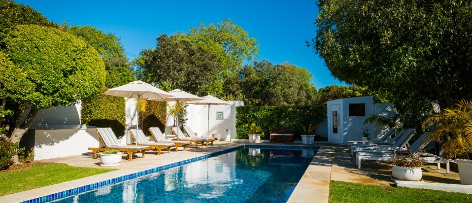 Pic 1 (5) - 5 Star Guest Villa – Southern Suburbs Cape town