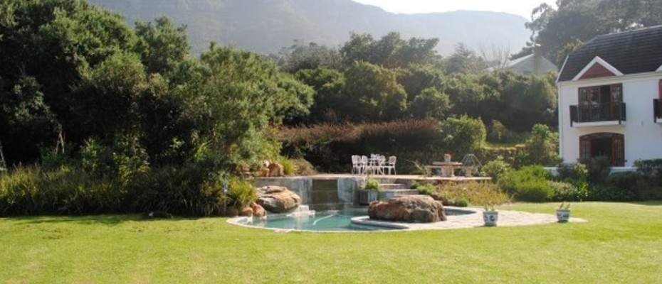 4 - Four Star – 10 Room – Luxury Guesthouse – Hout Bay – Atlantic Seaboard