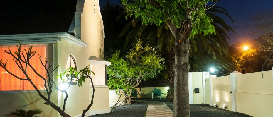 Ehl_130 - Four-star Luxury 12 Room Guesthouse (10 Rooms and 1 Self-Catering Cottage) – Pinelands